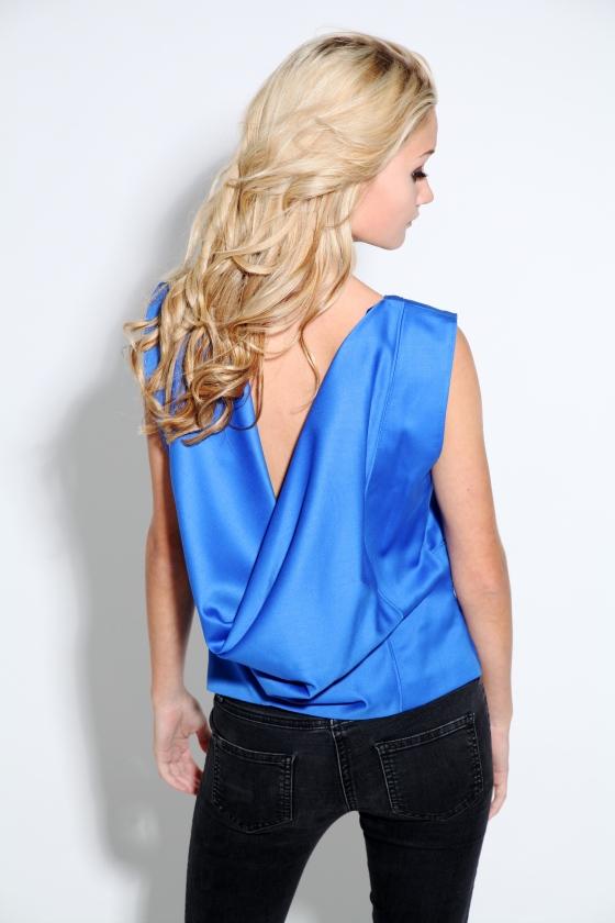 lina-therese brækkan dress, lav rygg topp