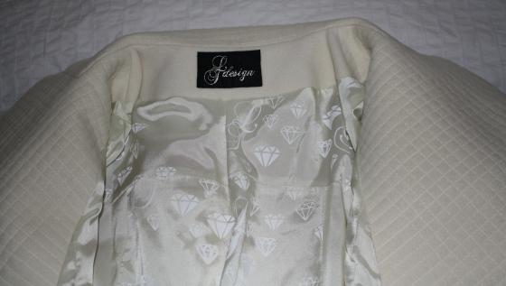 jakke med hvitt for LTdesign