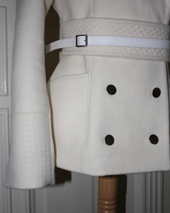 detaljer jakke quilting knapper belte mote