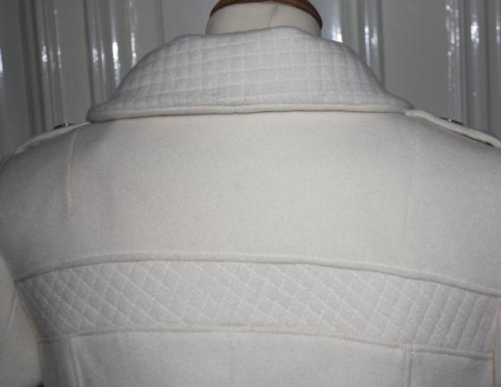 rygg detalje jakke ullkåpe hvit design